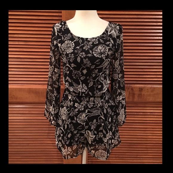 Lush Pants - Adorable black & white romper w/sheer sleeves